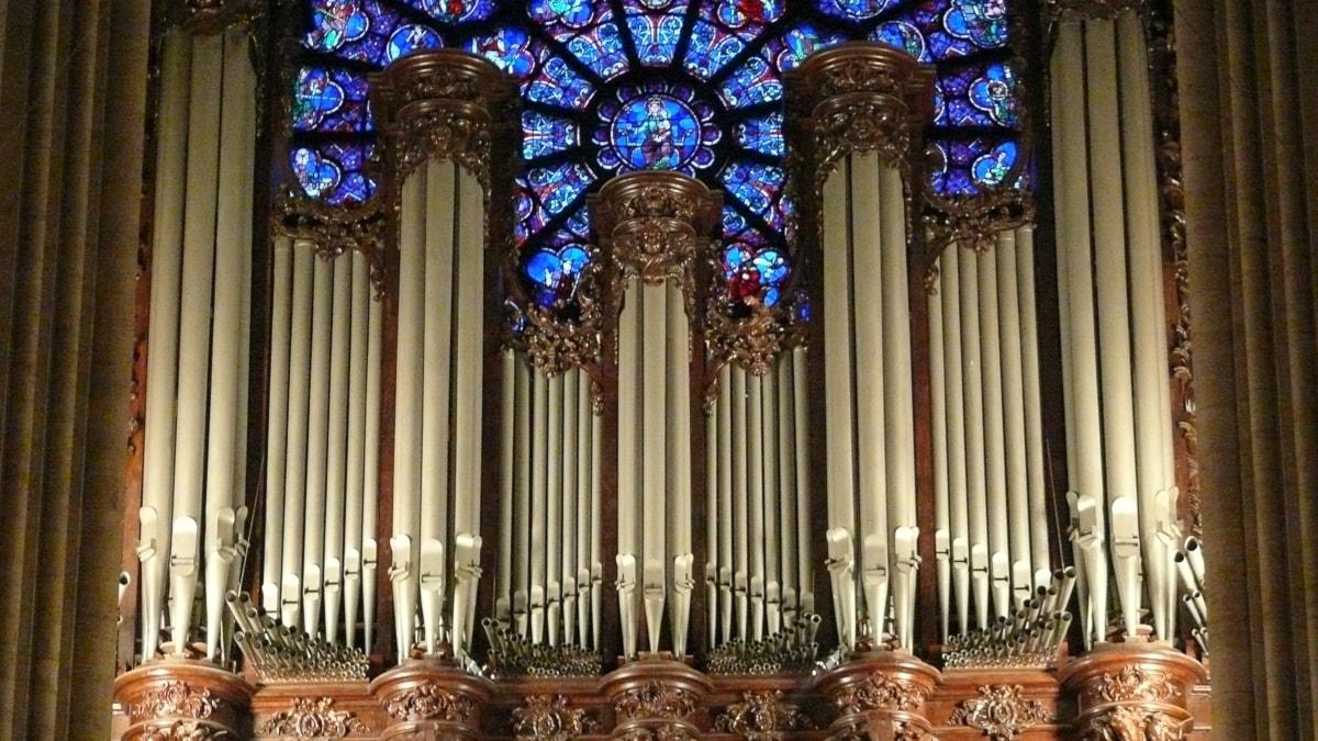 Stora orgeln i katedralen Notre-Dame i Paris.