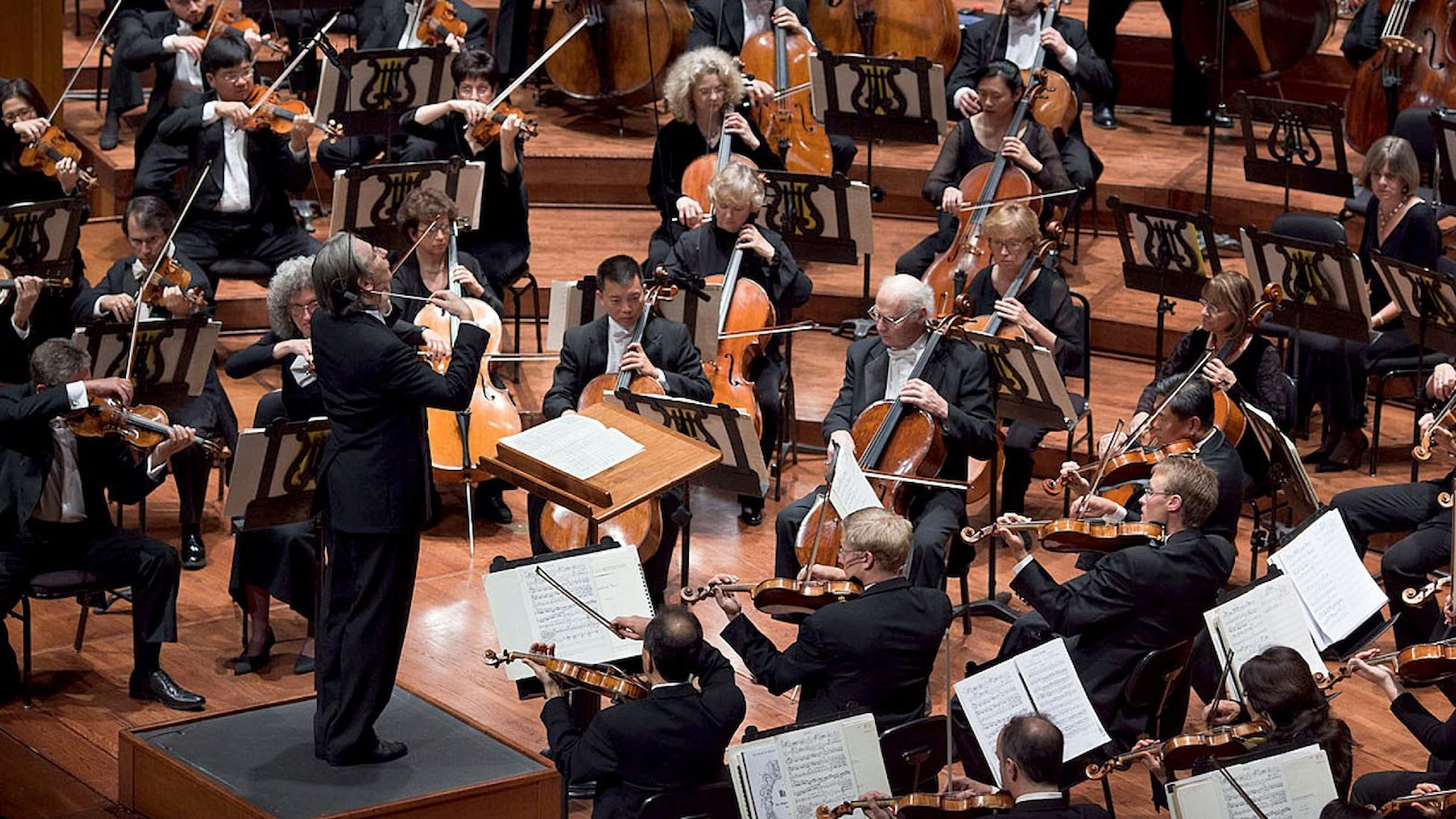 San Franciscos symfoniorkester under ledning av Michael Tilson Thomas. Pressbild/Bill Swerbenski