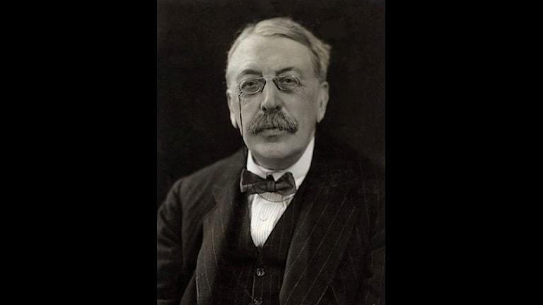 Charles Villiers Stanford avbildad 1921
