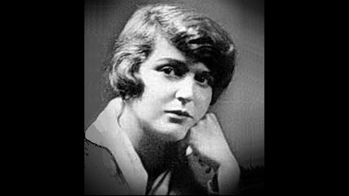 Germaine Tailleferre som rätt ung, tidigt 1900-tal