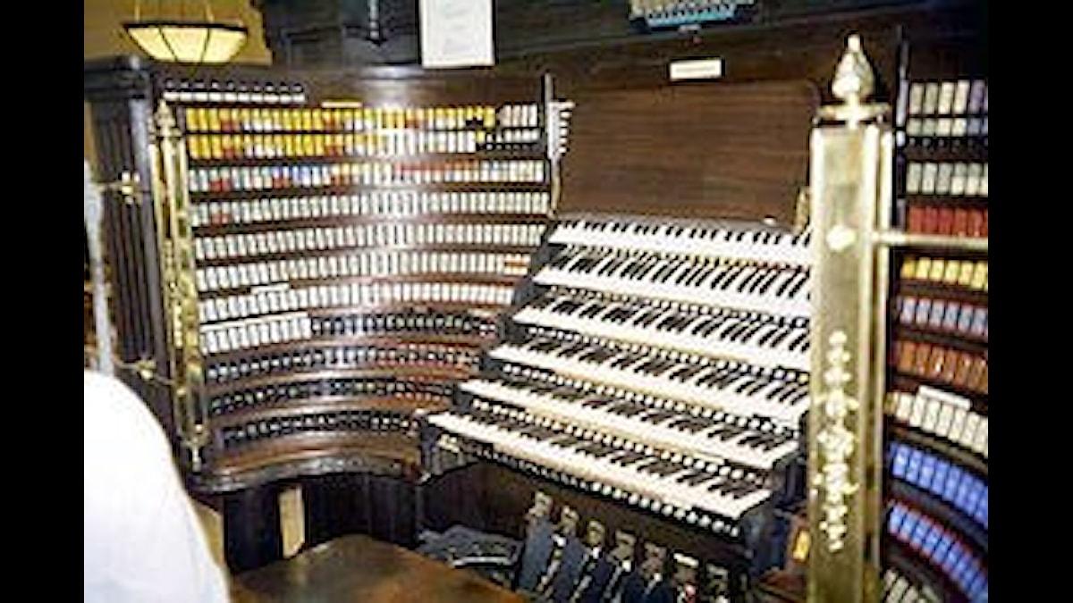 Spelbordet till Wanamaker-orgeln i Philadelphia, numera världens största orgel