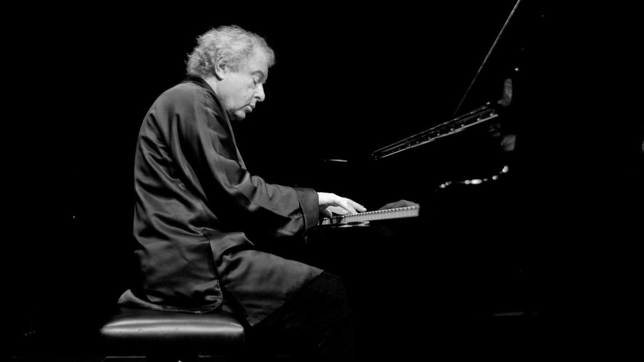 András Schiff spelar Haydn, Beethoven och Schubert