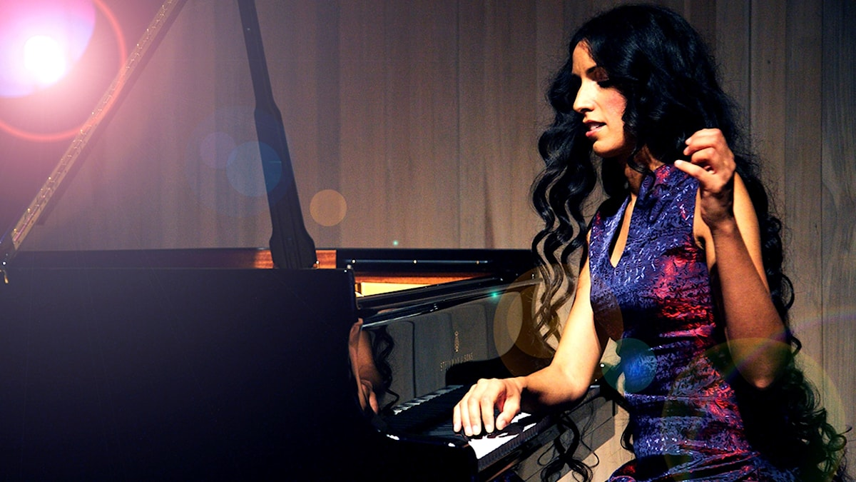 Zoe Rahman.