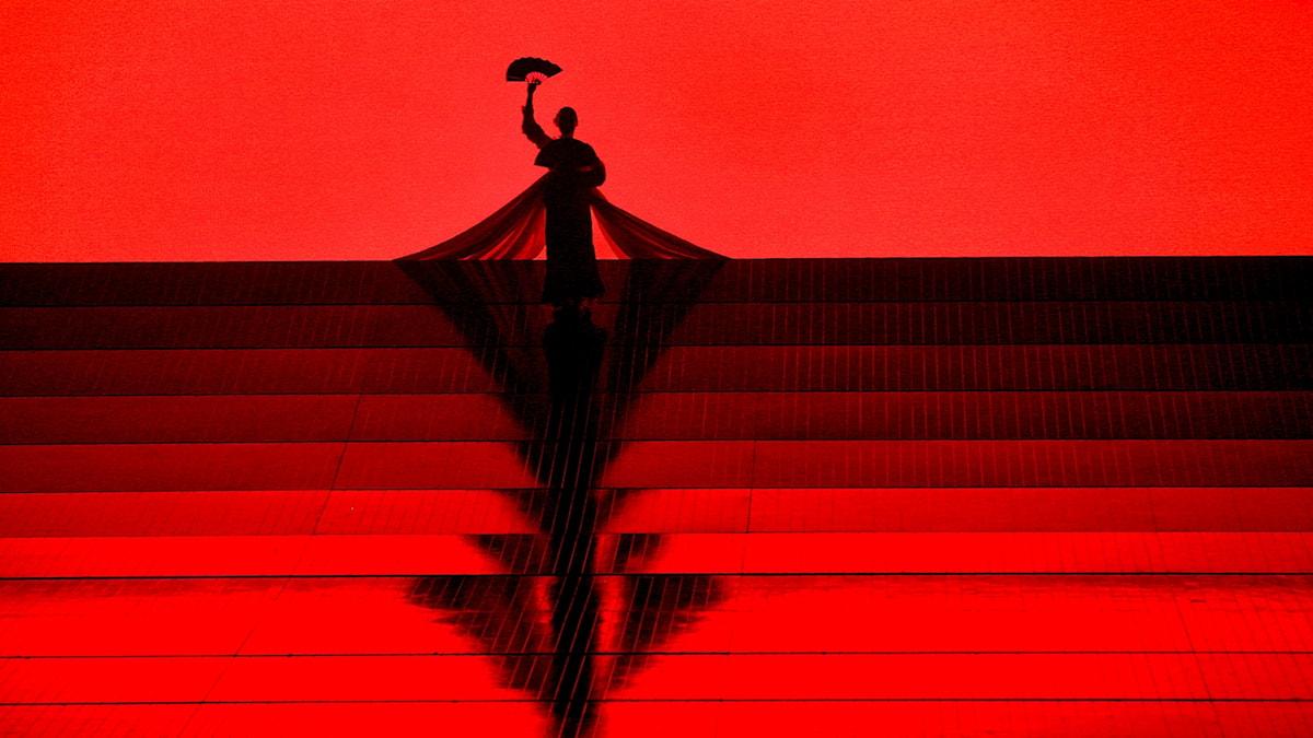 Öppningsscenen i Madame Butterfly på Metropolitanoperan 2018.