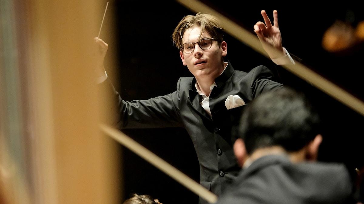 Den unga finländska dirigenten Klaus Mäkelä.
