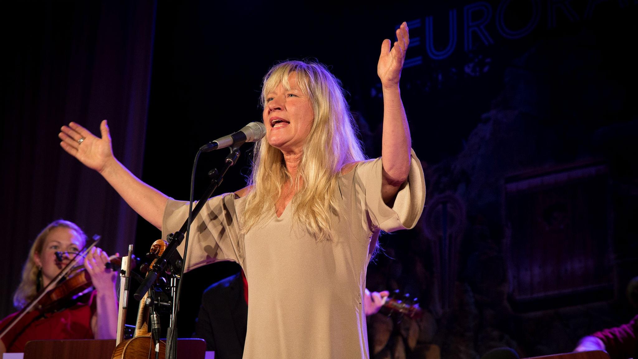 Lena Willemarks är en pionjär inom den svenska traditionsmusiken. Foto: Micke Grönberg/Sveriges Radio