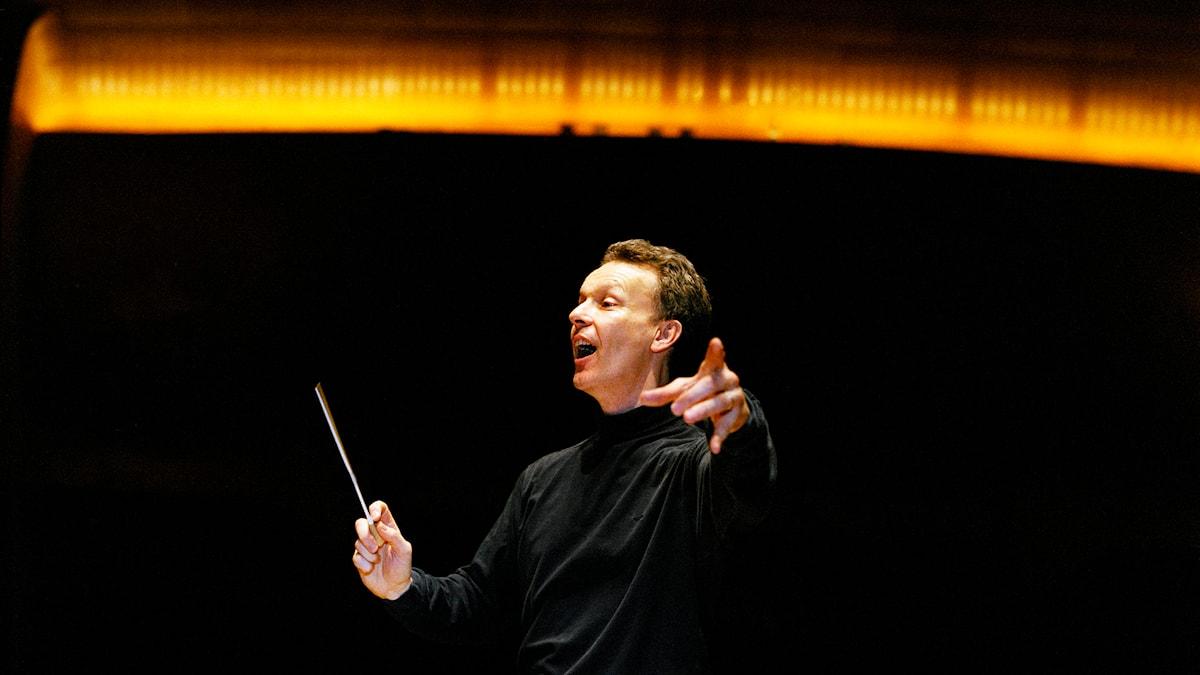 Brittiske Simon Phipps är chefsdirigent för Svenska Kammarkören. Pressbild