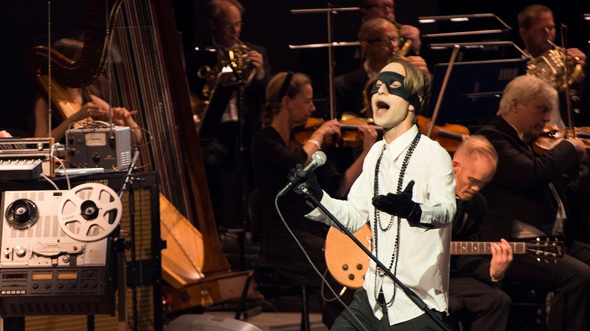 Bob Hund intog Malmö Opera den 4 september i fjol. Pressbild/Cesare Righetti