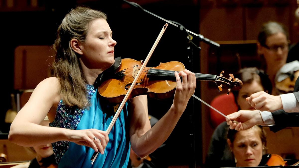 Bild på den nederländska violinisten Janine Jansen.