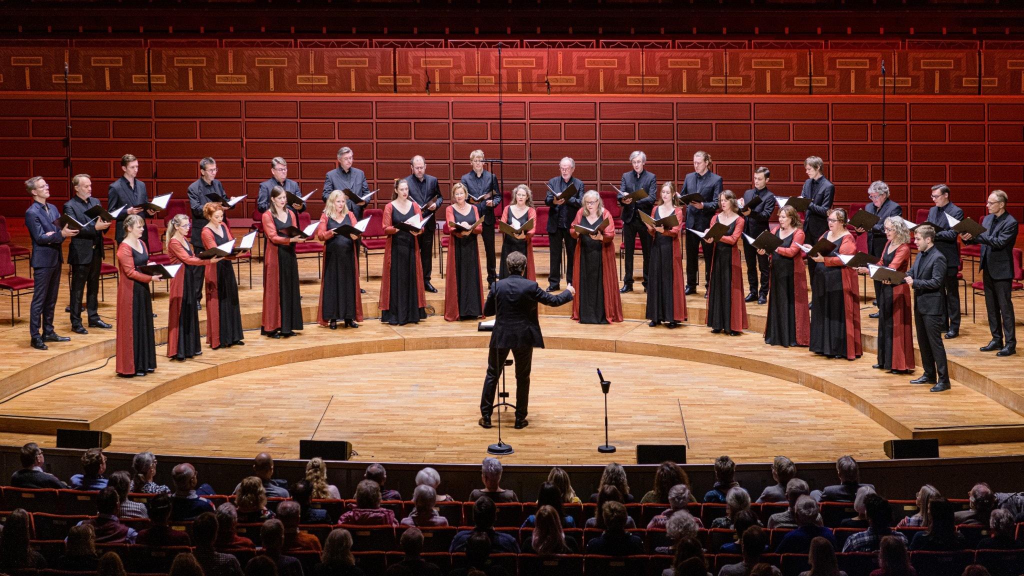 Bild: Eric Ericsons Kammarkör Fredrik Malmberg dirigent.