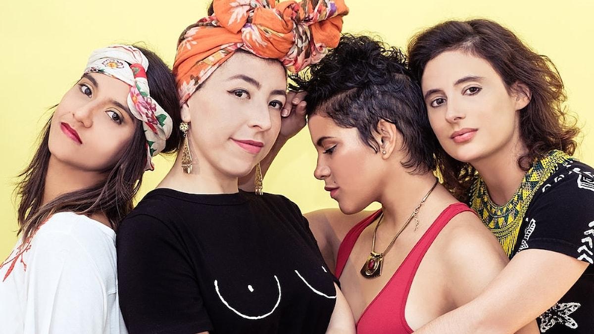 Hör bland annat gruppen Ladama med medlemmar från Colombia, Brasilien, Venezuela och USA.