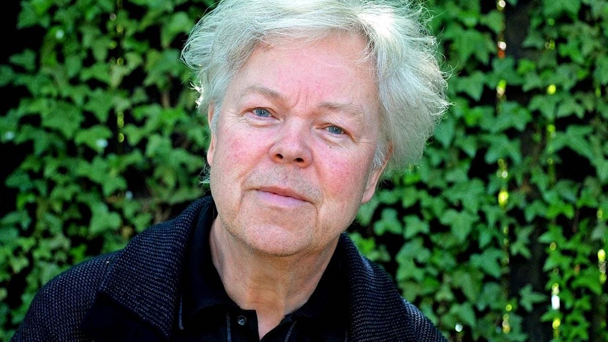 Hans Pålsson firar 50 år som verksam konsertpianist.