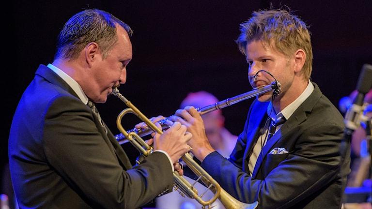 Peter Asplund och Magnus Lindgren i Blue House Jazz All Stars.