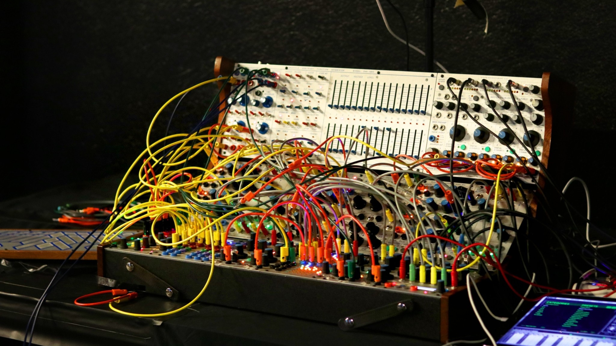 Bild: Buchla synthesizer.
