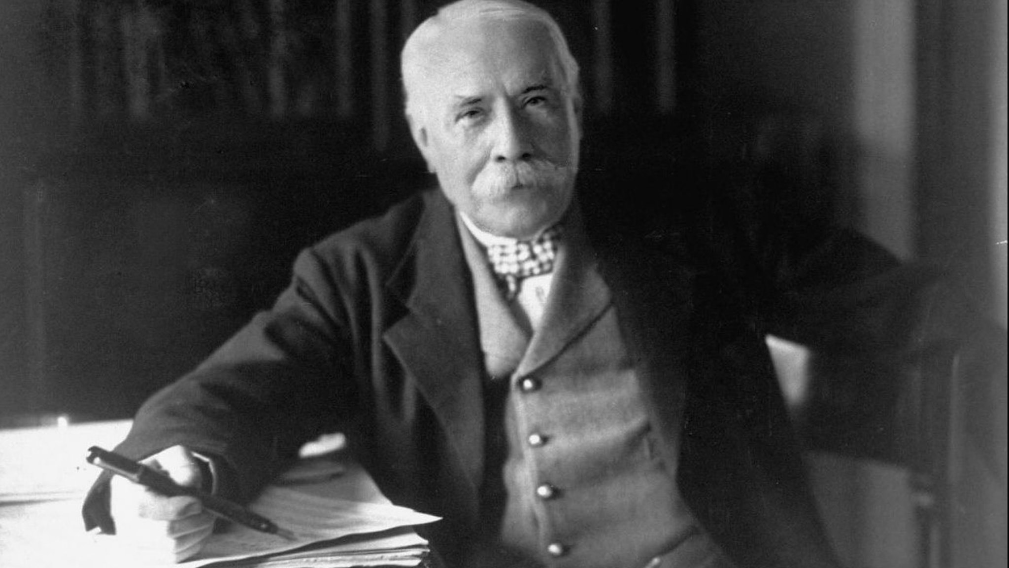 Bild: Edward Elgar 1931.