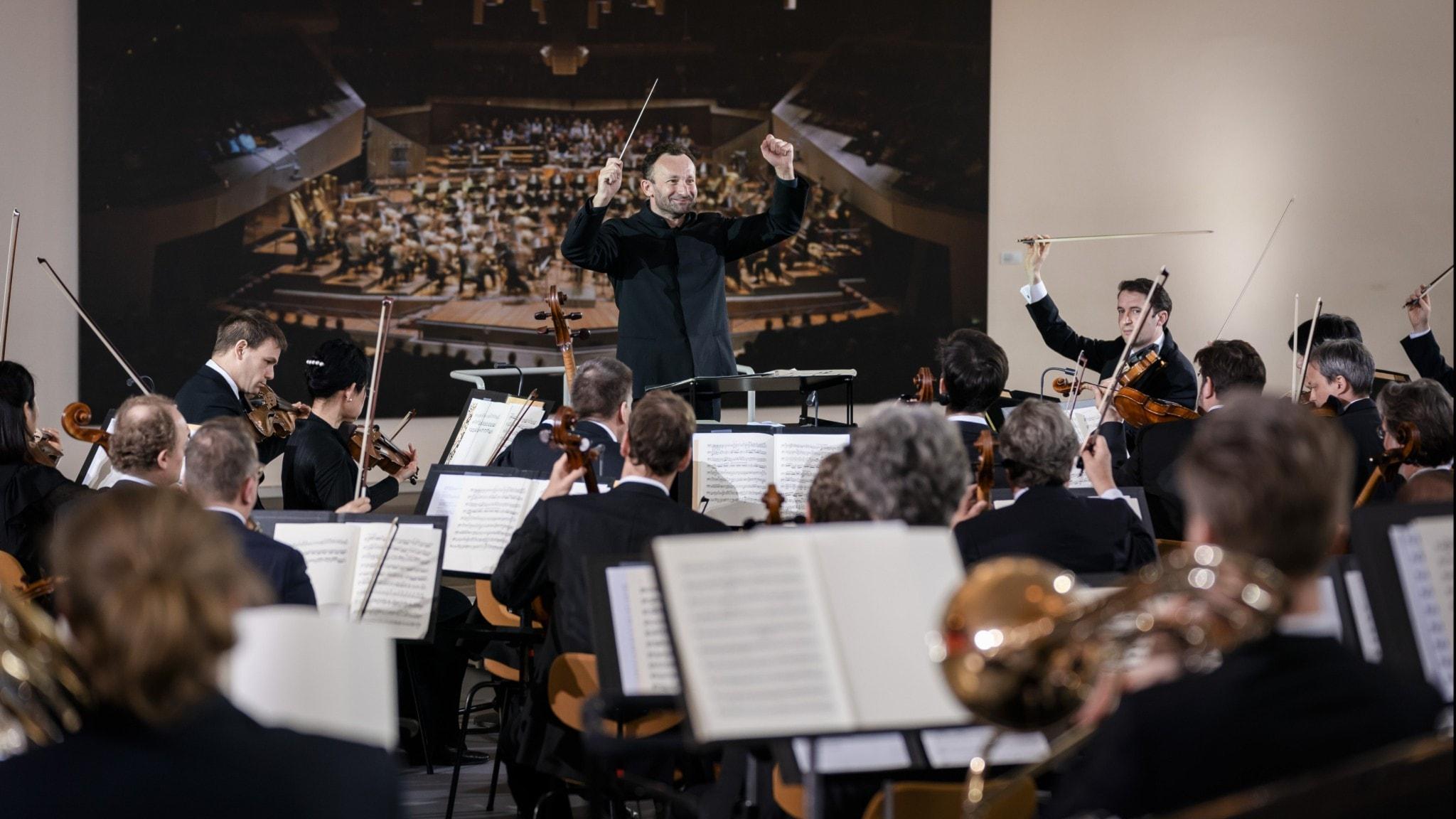 Berlinfilharmonikerna spelar Rachmaninov och Tjajkovskij
