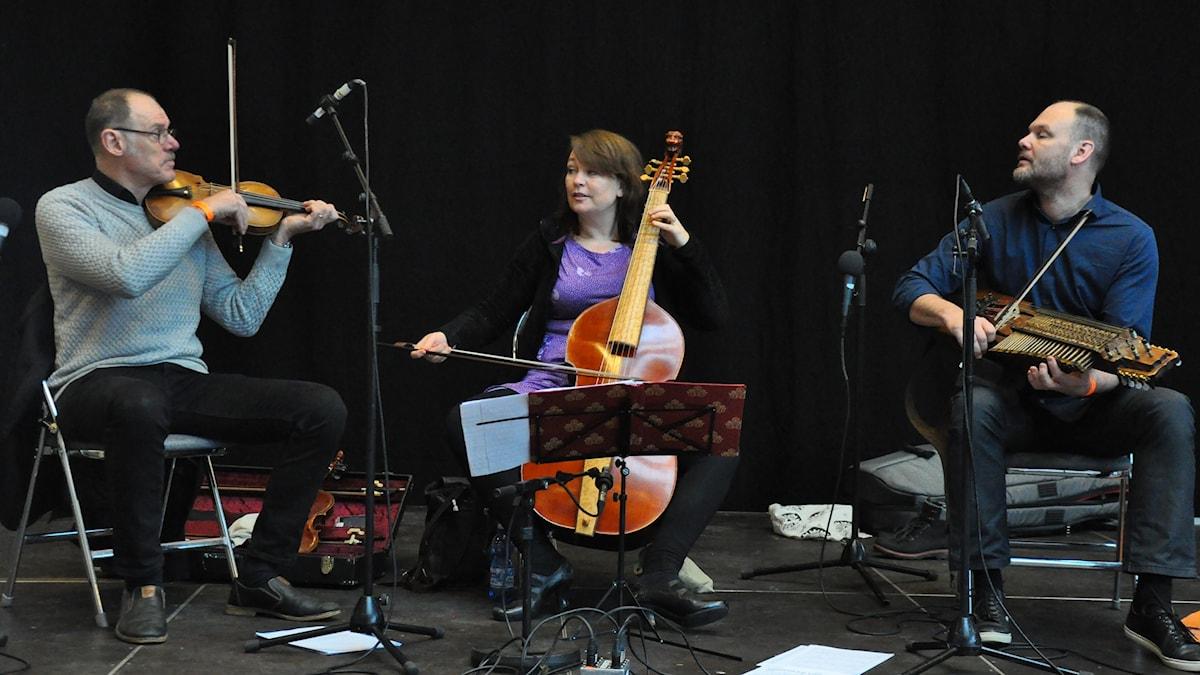 Silfver Trio.