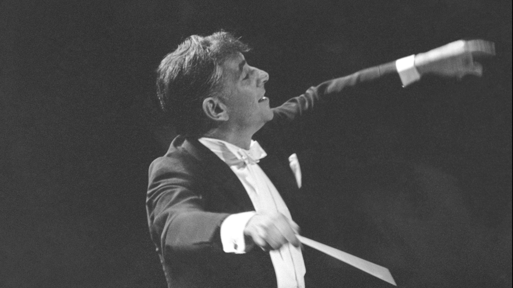 Bild: Leonard Bernstein dirigerar Mahlers femte symfoni.