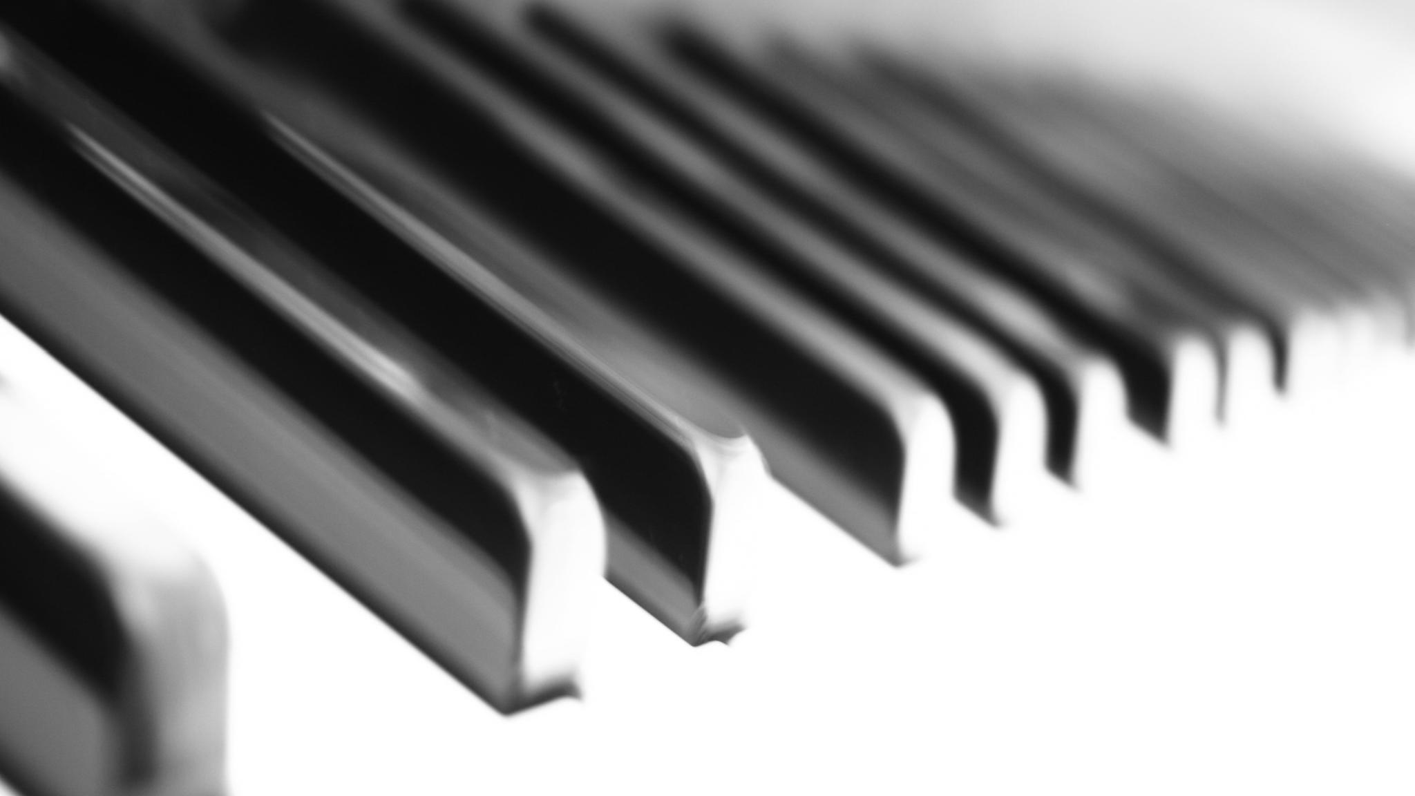 Pianisten Alex Cattaneos många sidor