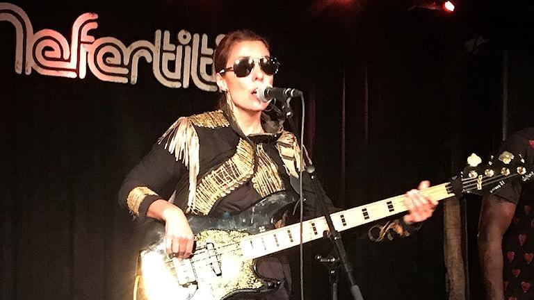 Basisten och sångerskan Ida Nielsen
