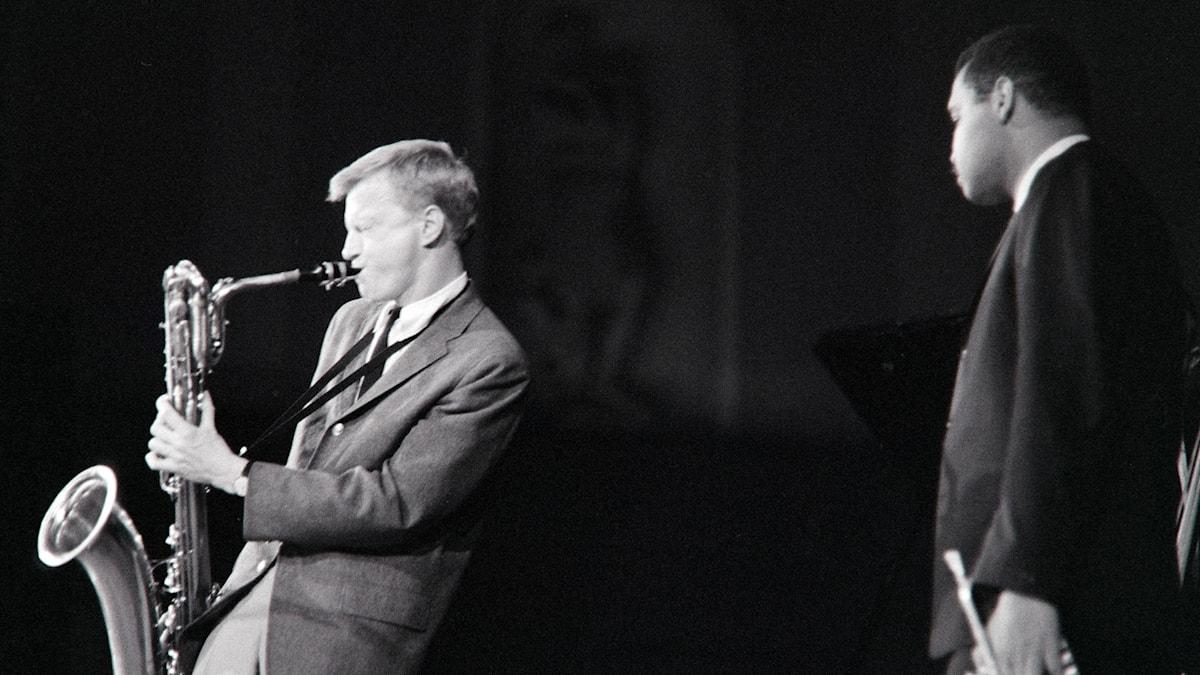 Gerry Mulligan med Art Farmer i Stockholms konserthus 1959; foto: Bengt H Malmqvist/Berry Produktion AB.