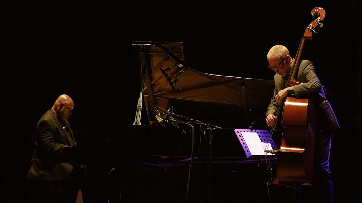 Kenny Barron och Dave Holland på Ystad Teater augusti 2015. Foto: Markus Fägersten/YSJF