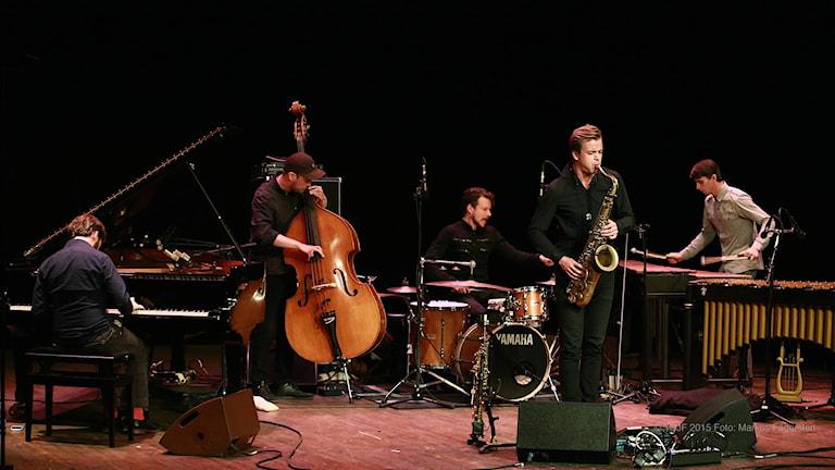 Marius Neset och hans medmusiker vid Ystad Sweden Jazz Festival i augusti 2015. Foto: Markus Fägersten/YSJF