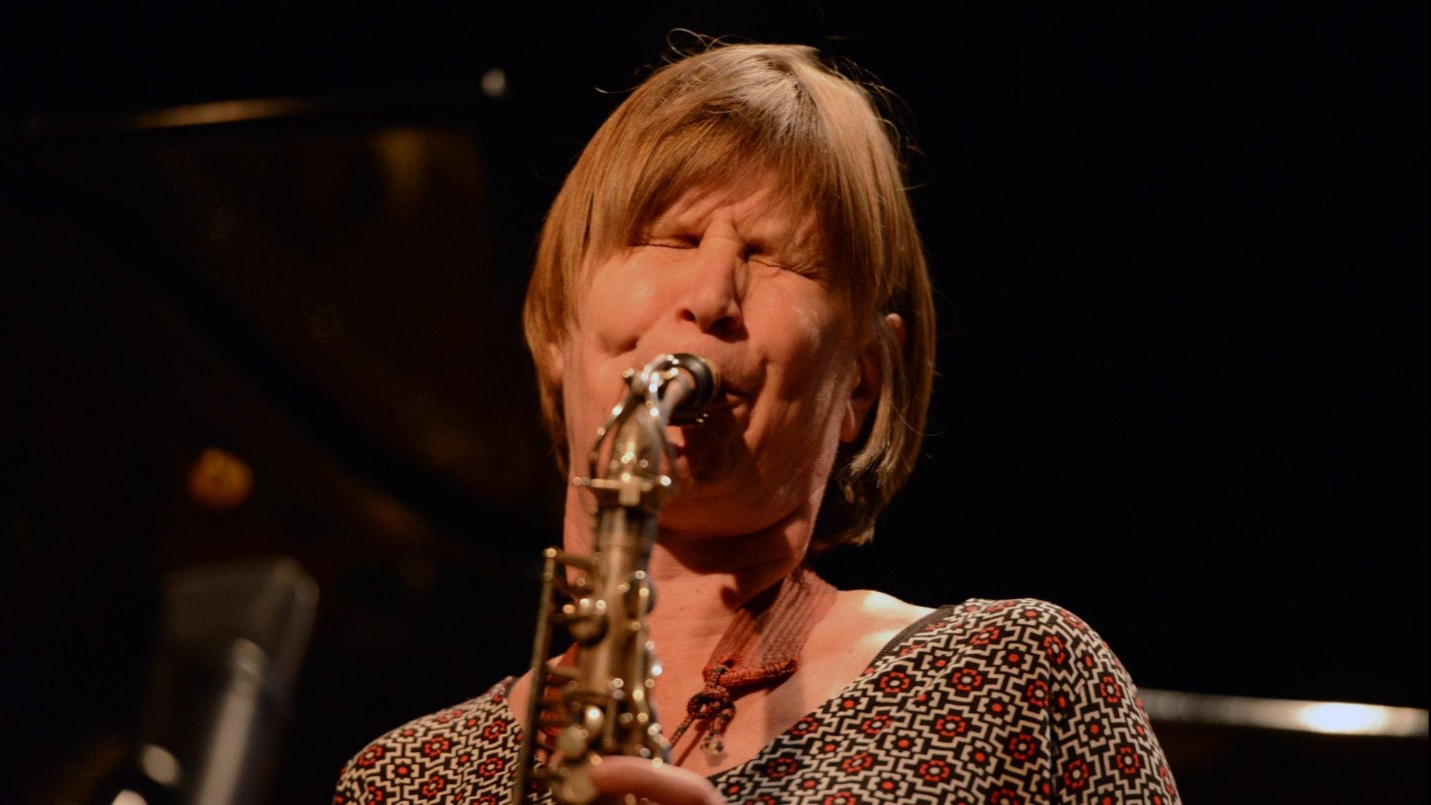 KONSERT: Christina von Bülow Quartet hyllar Lee Konitz