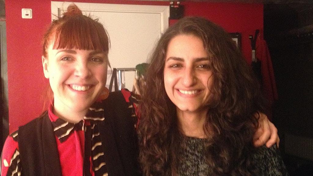 Siri Hill och Nancy Mounir