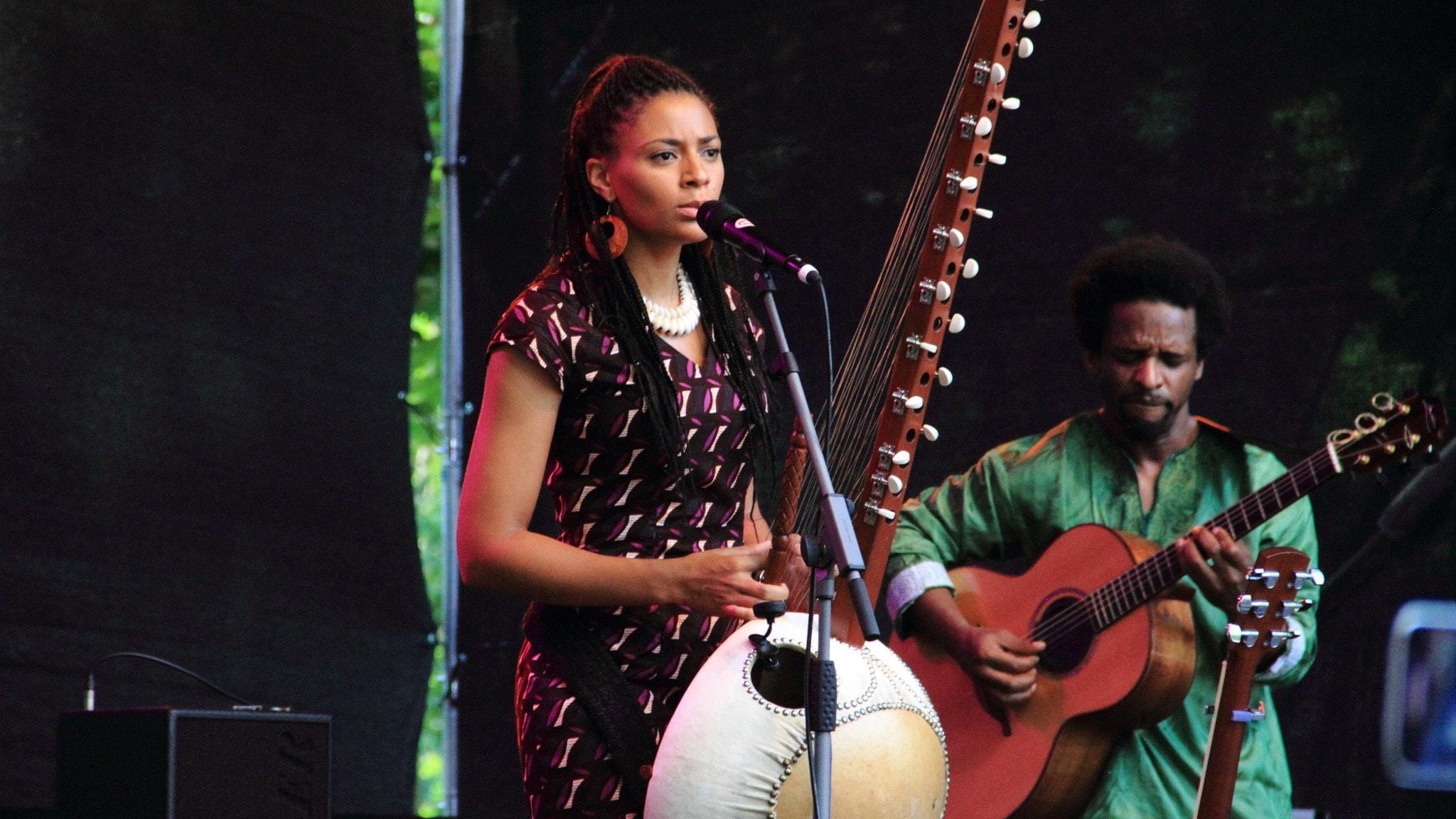 KONSERT: Folkmusik från Gambia med Sona Jobarteh
