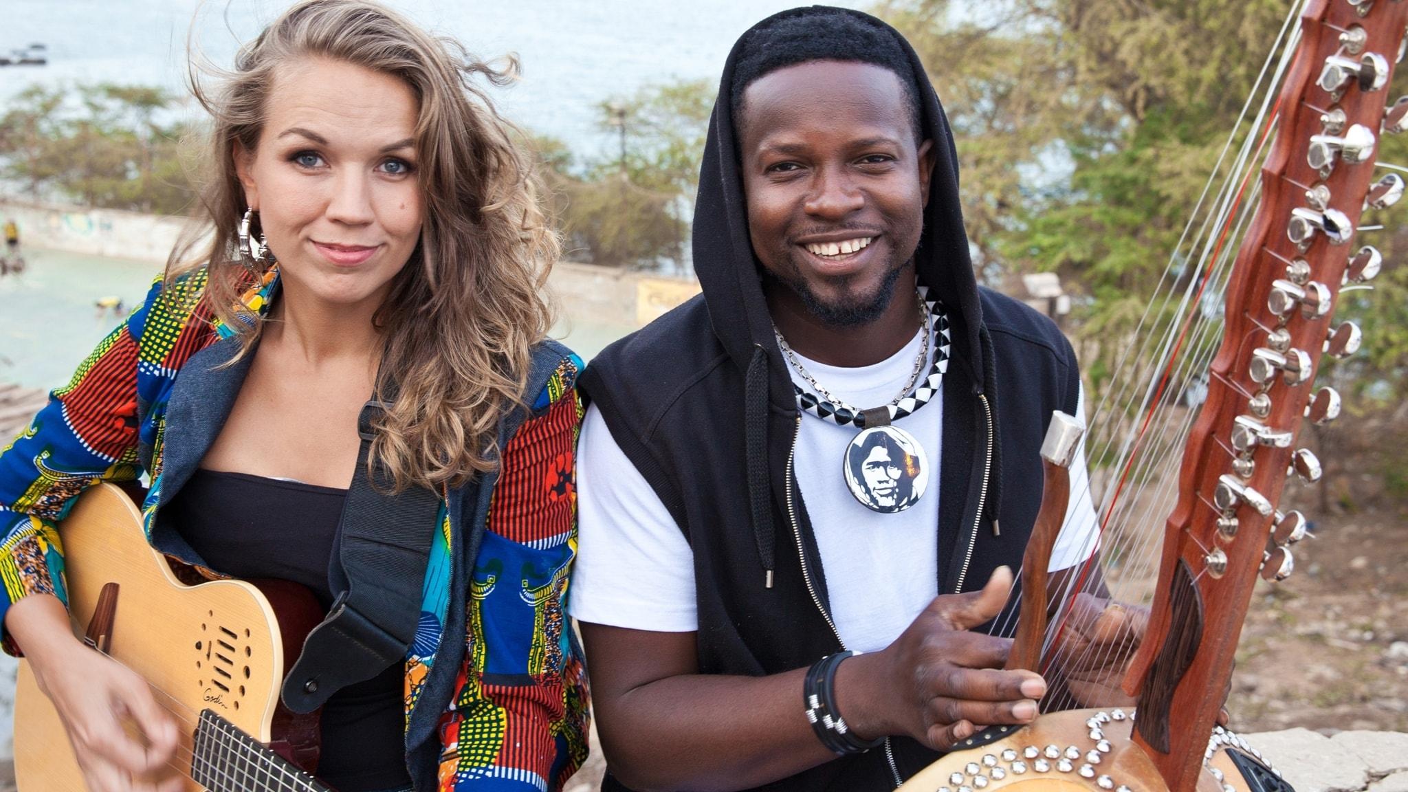 Svart, vit, kvinna, man och musik - Maher och Sousou Cissoko