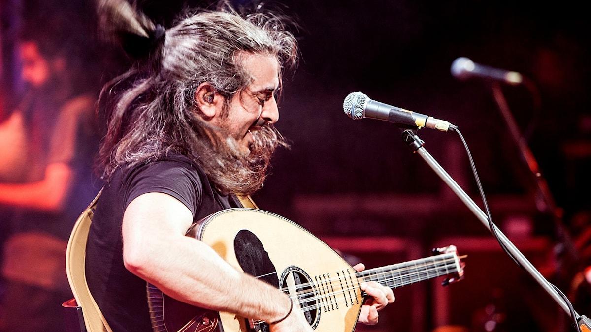 Giannis Haroulis på scen