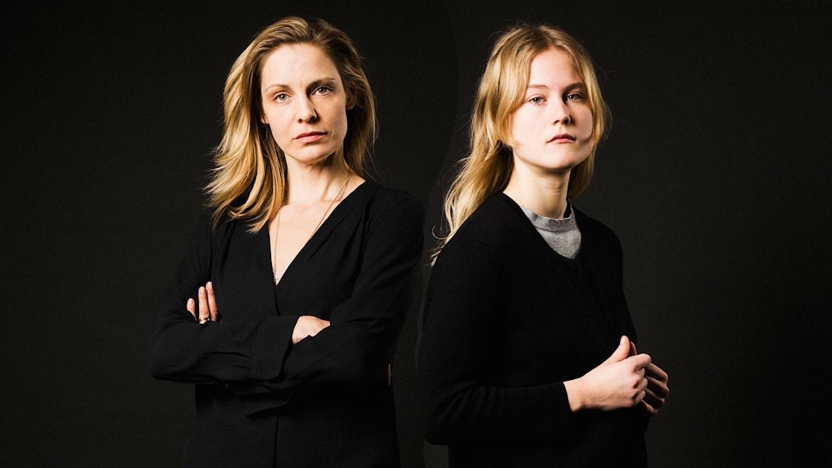 Charlotta Jonsson och Agnes Kalmér i María Villas död.