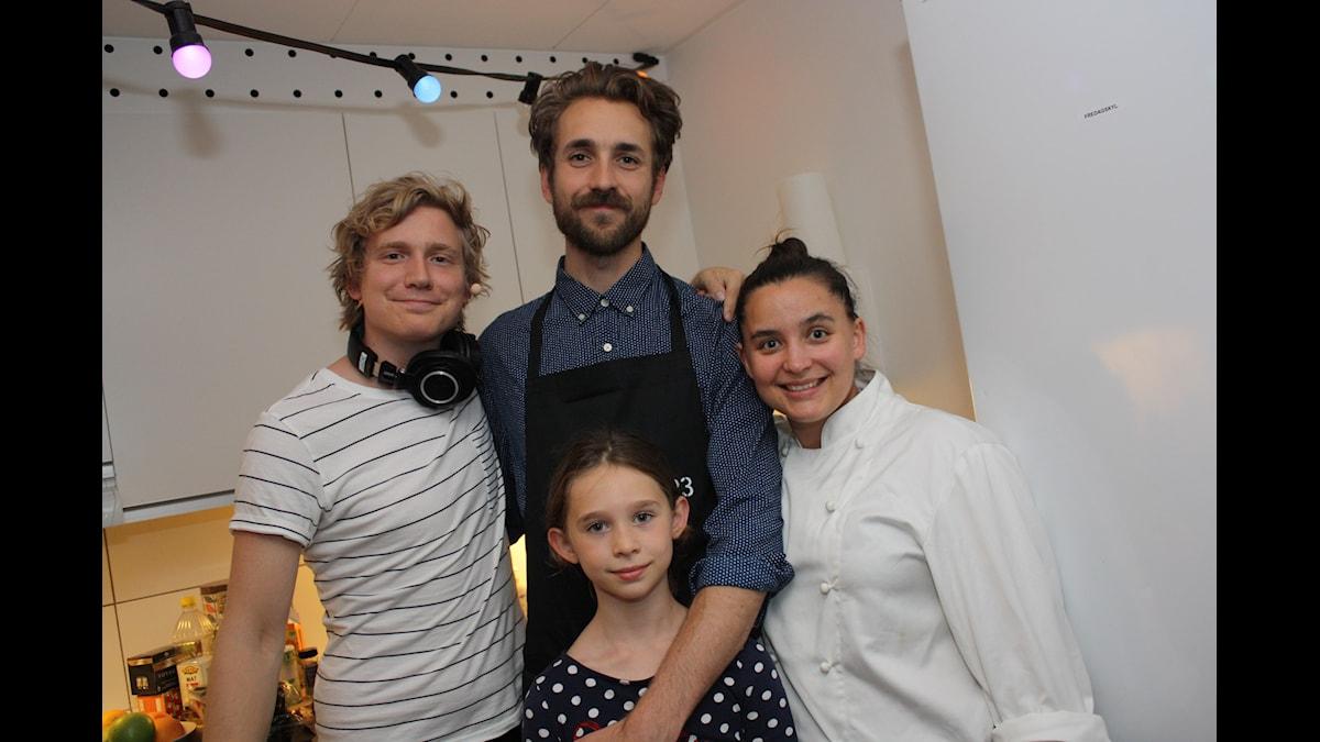 Zebastian och hans dotter Selda! Med KockLinn och Adrian såklart! Foto: Emilia Melgar/ SR
