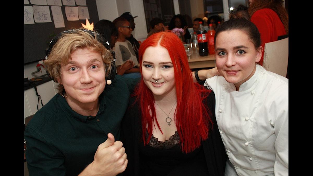Adrian, utmanar-Karin och KockLinn! Foto: Emilia Melgar/ SR
