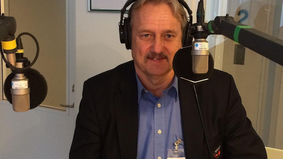 Sonny Lundwall, ligachef för Hockeyallsvenskan. Foto: Martin Sundelius/SR.
