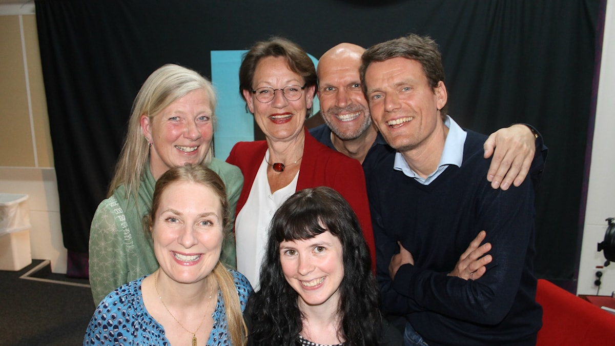 Annika Lantz med Kristina Axén Olin, Gudrun Schyman, Henrik Hjelt, Mattias Konnebäck och Elin Lövestam.
