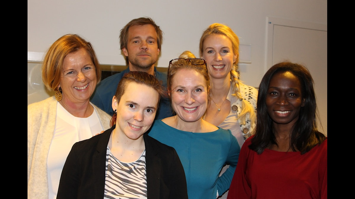 Maria Arnholm, Sara Lövestam, Henrik Johnsson, annika Lantz, Jenny Strömstedt och Nyamko Sabuni. Foto: Anna-Karin Ivarsson/SR.