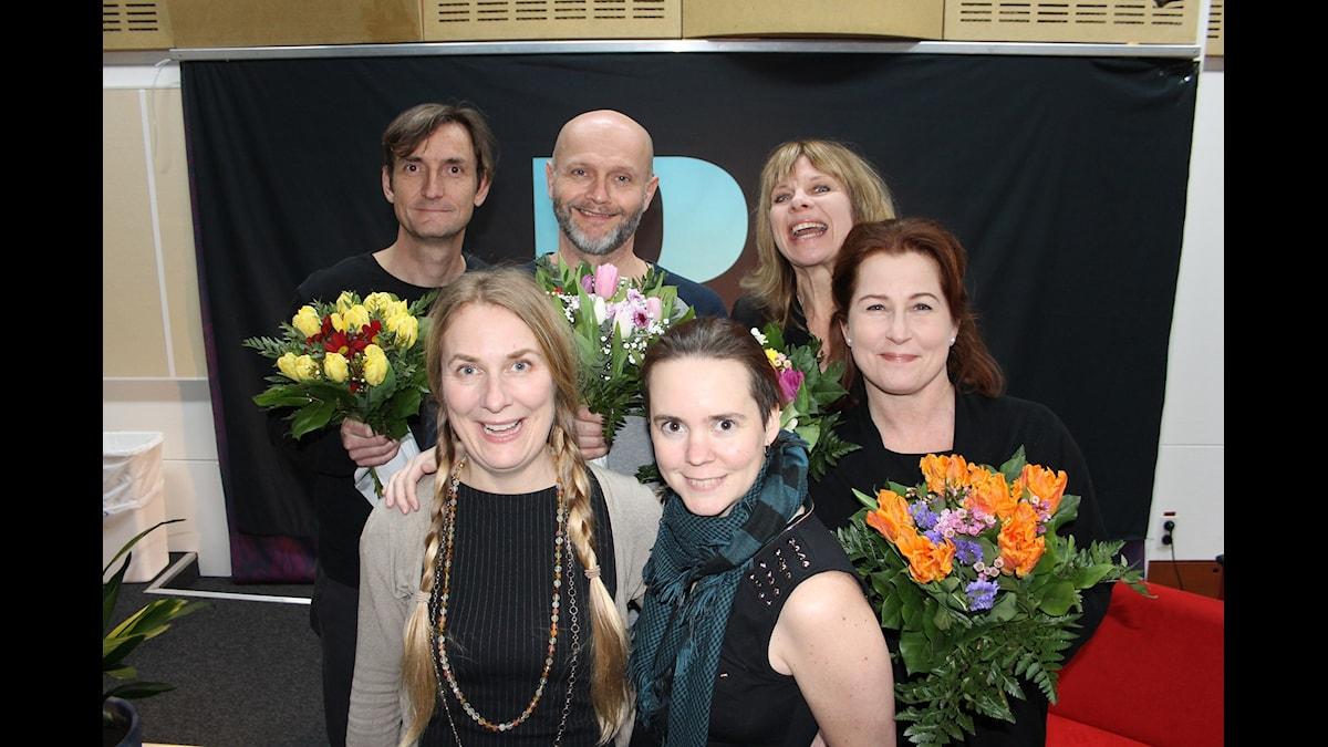 Annika Lantz och Sara Lövestam med från vänster Magnus Westberg, Lasse Johansson, Carin Ahlqvist och Anna Hedenmo.