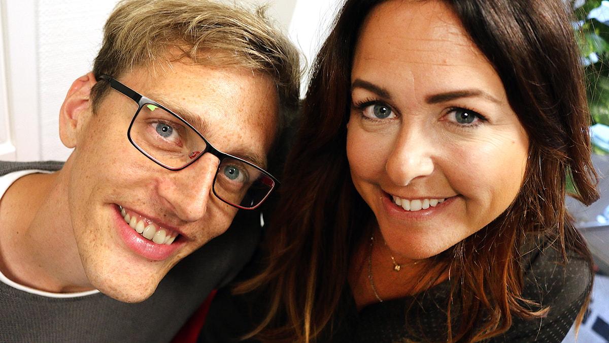 Marcus Léonarde och Sarit Monastyrski - du gör dem i P4 Sjuhärads morgonprogram. Foto: Niclas Odengård/SR