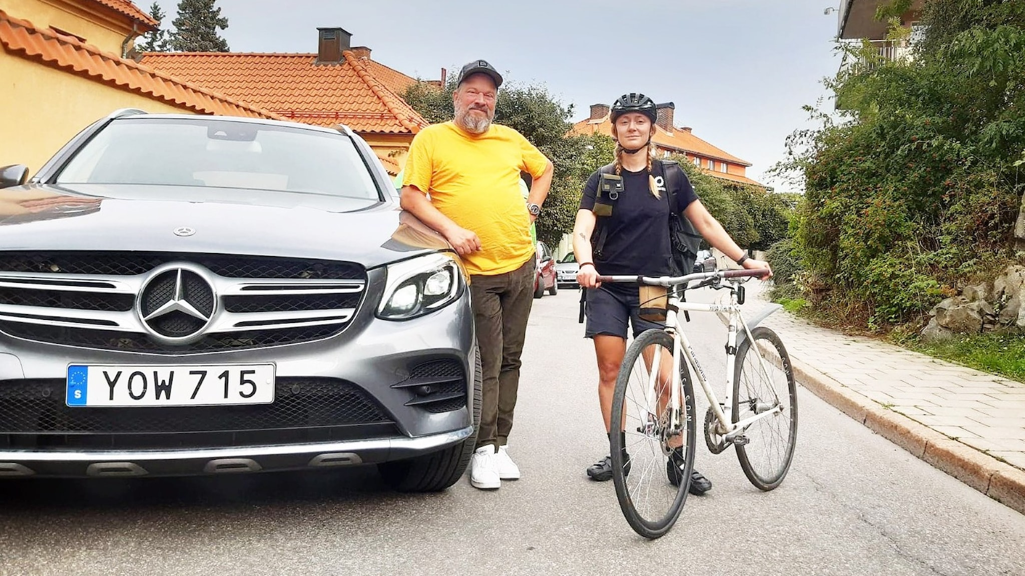 Taxichauffören Ronnie Lans och cykelbudet Siri Tolander.