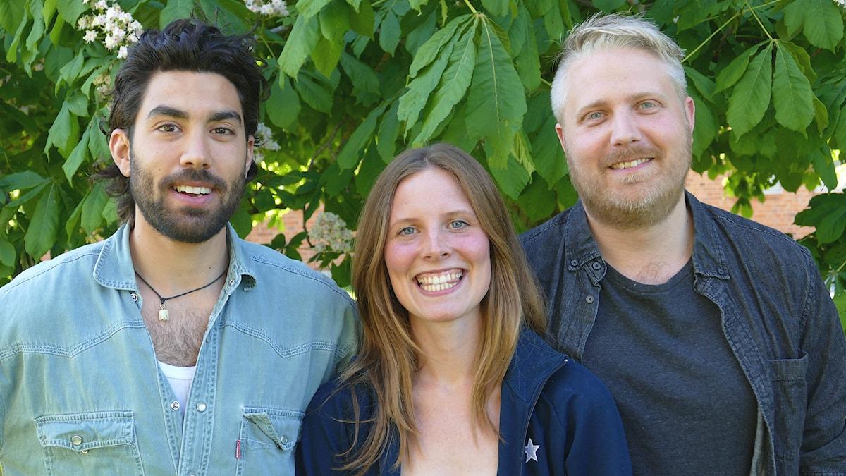 Demir Lilja, Amanda Heijbel och Anton Kalm. Foto: Jonas Neuman/Sveriges Radio