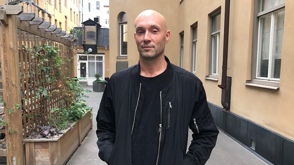 Kaah är Gästredaktör i Musikguiden i P3. Foto: Malin Winberg, Massa Media.