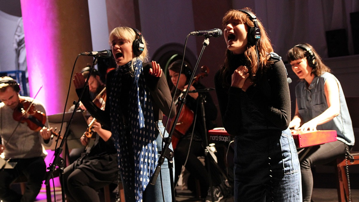 Say Lou Lou feat. Stockholm Strings