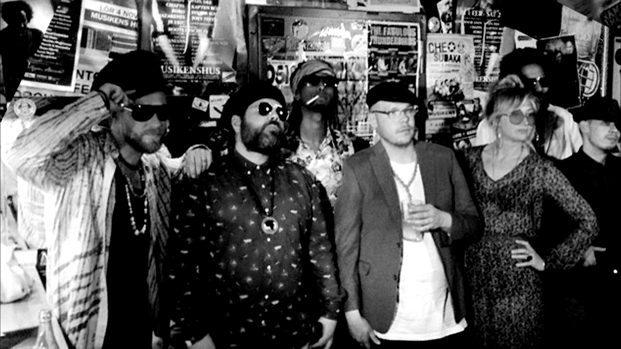 Vic Vem & Hot This Year Band