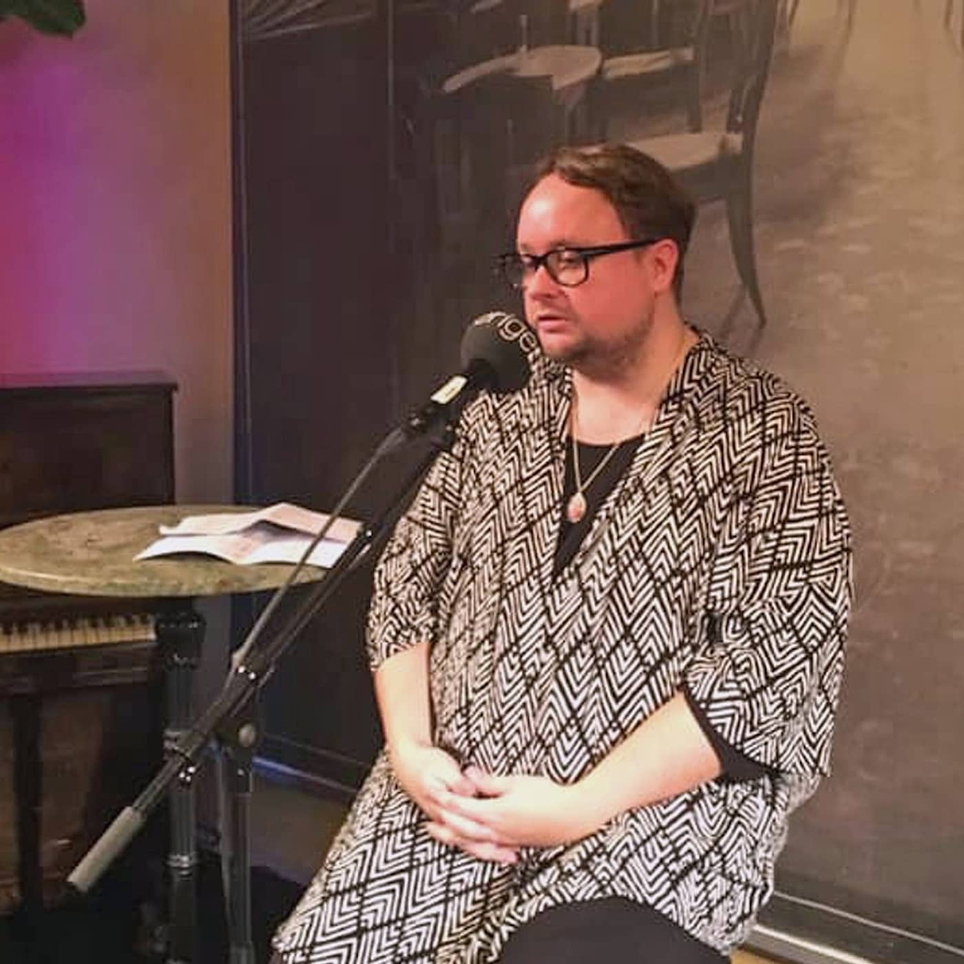 Svenska berättelser på scen - Kampen mot bulimin av Linus Fremin