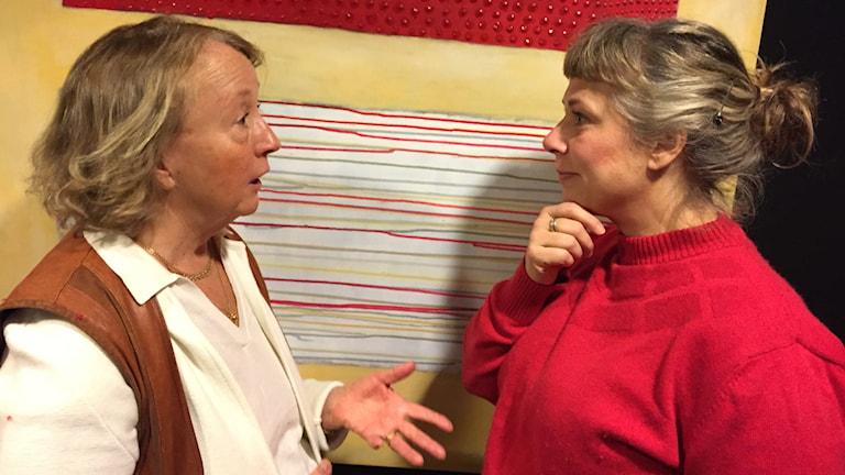 Eileen på besök i Söndagarna med Stina. Foto: Johanna Fellenius / SR.
