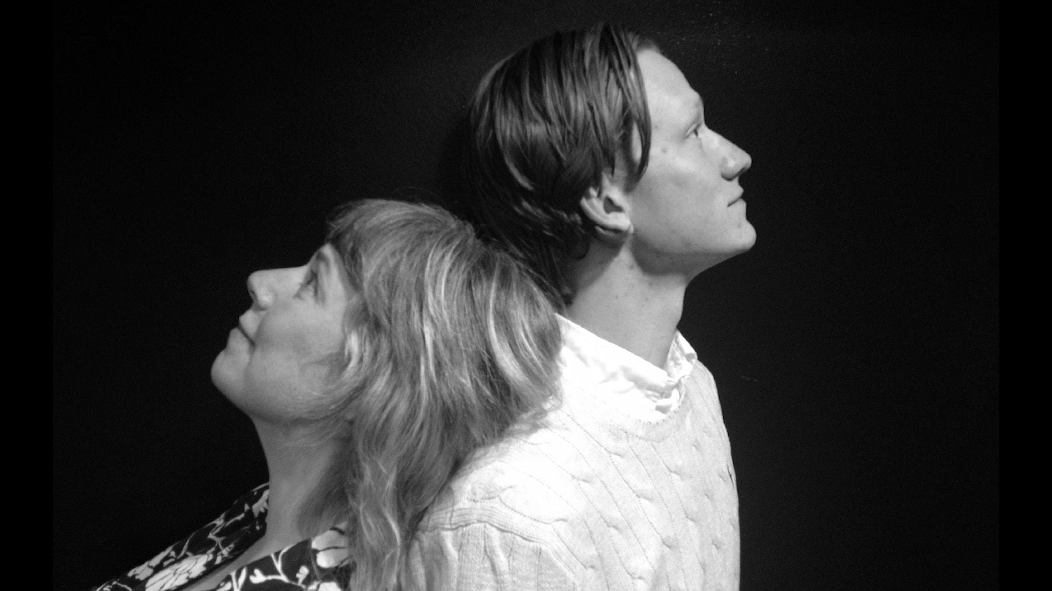 Stina Wollter och Charlie Eriksson. Foto: Emmelie Michael / SR.