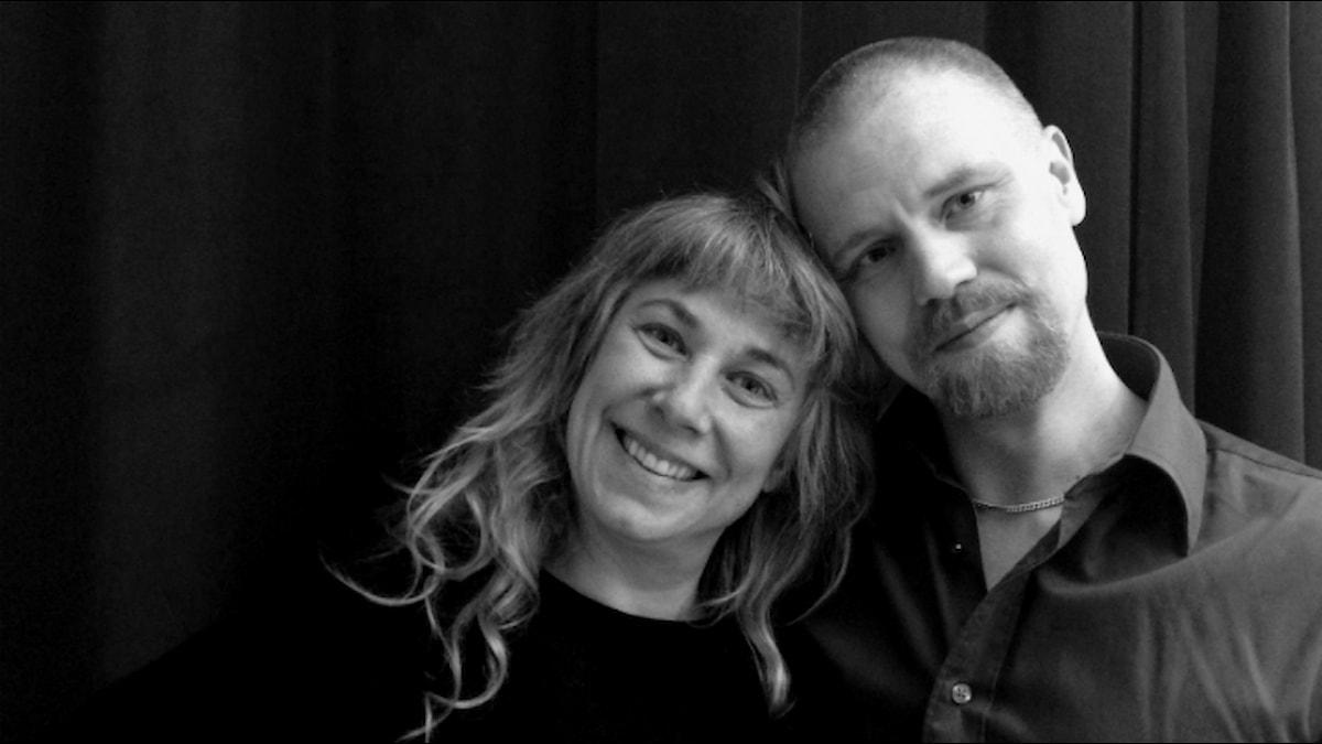 Stina och Leo Flavum. Foto: Joanna Korbutiak / SR.