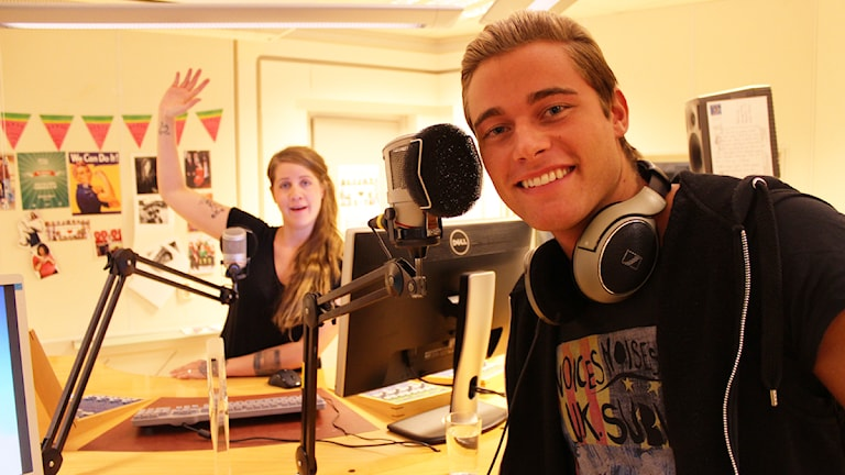 Emma o Snygg-Eric! Redo för roliga timmen! Foto: Anna Emanuelsson/Sveriges Radio